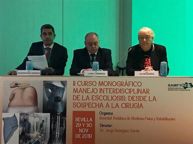 Más de 100 expertos nacionales en el abordaje de la escoliosis se reúnen para compartir novedades