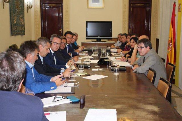 Reunión de instituciones y Endesa por los cortes eléctricos en la zona Norte de Granada