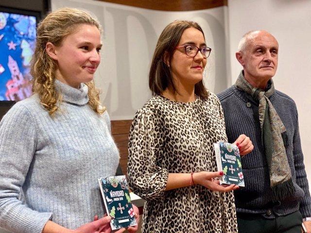 Cordelia Pickford, Covadonga Díaz y Luis Antonio Suárez.