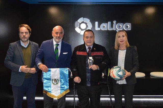 Guatemala y LaLiga colaborarán en programas socioeducativos