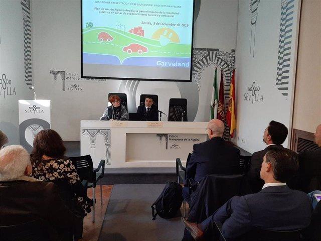 Acto de presentación del proyecto europeo de cooperación Garveland entre Andalucía y El Algarve, que promueve la movilidad eléctrica.
