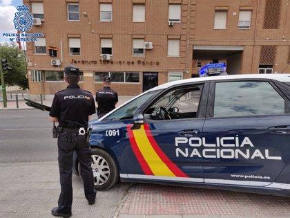 Detenido por intentar quemar un prostíbulo en Aluche al no quedar contento con los servicios sexuales