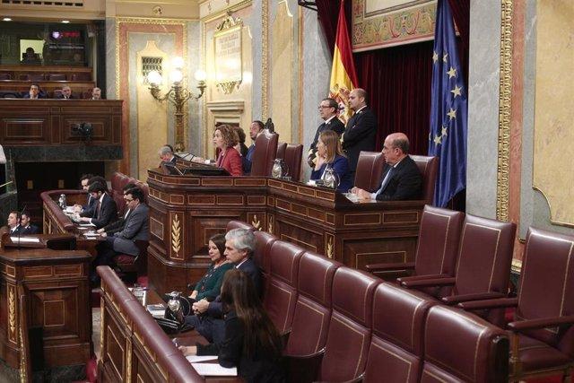La reelegida presidenta del Congreso de los Diputados, Meritxell Batet, durante su intervención en la sesión de constitución de las Cortes para la XIV Legislatura