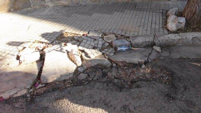 Aceras en mal estado en  Playa de Palma.