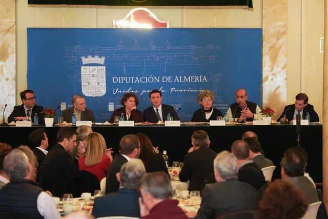 Desayuno informativo organizado por Europa Press y la Diputación Provincial sobre el 'Turismo industrial y científico en la provincia de Almería'.