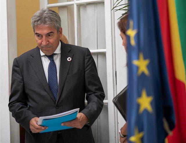 El delegado del Gobierno en Andalucía, Lucrecio Fernández, en una imagen de archivo