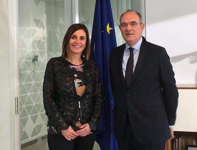 La consejera de Acción Exterior, Paula Fernández, se reúne en Bruselas con Jaume Duch, portavoz del Parlamento Europeo
