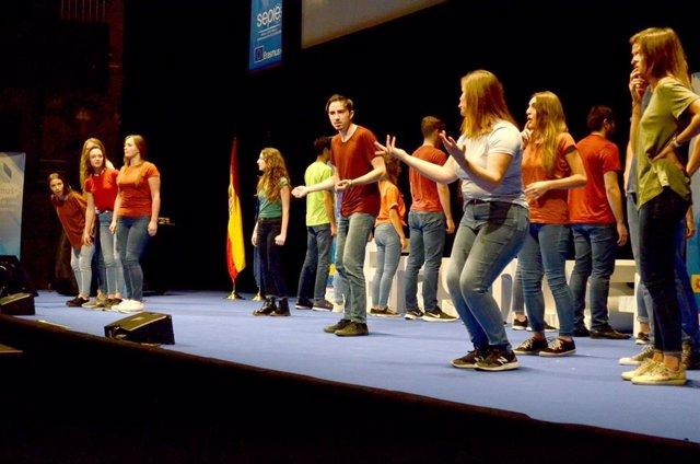Actuación teatral en la Jornada Anual de Difusión Erasmus+ 2019 en el Teatro Real de Madrid.