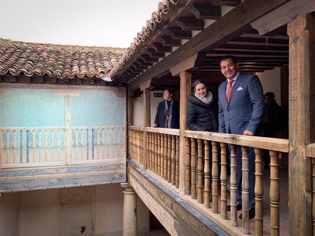 La consejera de Cultura y Turismo de la Comunidad de Madrid, Marta Rivera de la Cruz, visita Campo Real