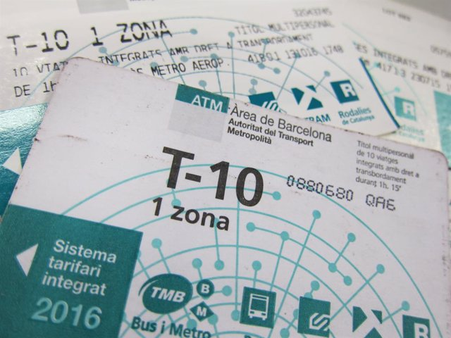 Tarjeta T10 (T-10) del metro de Barcelona.