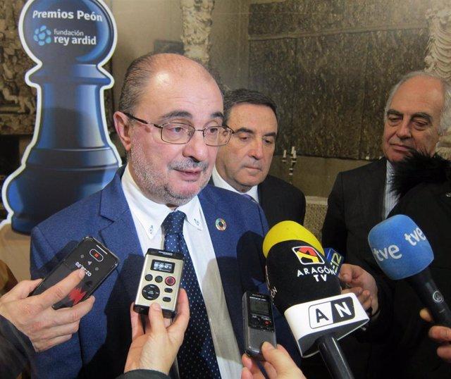 El presidente de Aragón, Javier Lambán, participa en la entrega de la XIII edición de los Premios Peón de la Fundación Rey Ardid.