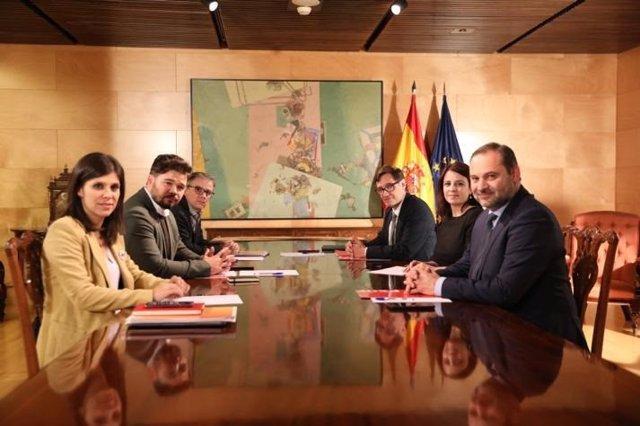 Segunda reunión de las delegaciones negociadoras de PSOE y ERC en torno a la investidura de Pedro Sánchez