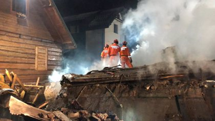 Al menos ocho muertos, cuatro de ellos niños, por una explosión de gas en el sur de Polonia