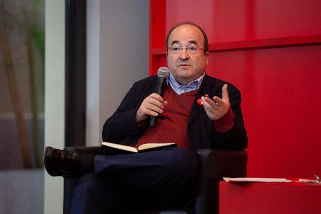 El secretari general del PSC, Miquel Iceta durant la seva intervenció en la presentació del manifest 'Ara Senat, Ara Diàleg' a l'Hotel Catalonia Rambles, Barcelona (Espanya), 7 de novembre del 2019.