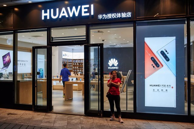 China/EEUU.- Huawei recurre el veto a sus equipos en EEUU