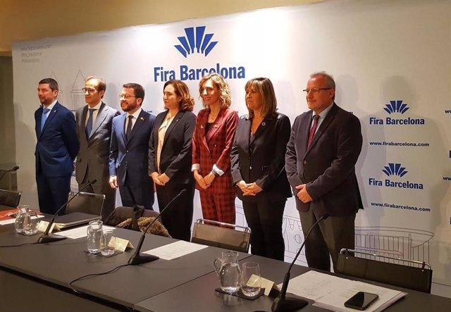 J.Canadell, P.Relat, P.Aragonès,  A.Colau, À.Chacón, N.Marín y C.Serrallonga