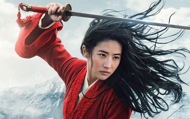 Cartel del remake de Mulan