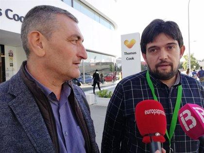 Los trabajadores de Thomas Cook firman en Palma un acuerdo para el ERE y cobrarán íntegra la nómina de noviembre