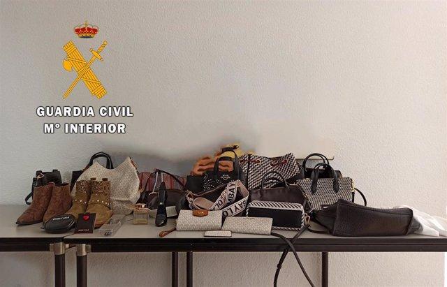 Artículos intervenidos por la Guardia Civil ee
