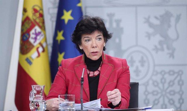 La ministra Portavoz, y de Educación y Formación Profesional en funciones, Isabel Celaá, comparece ante los medios de comunicación, tras la reunión del Consejo de Ministros en Moncloa