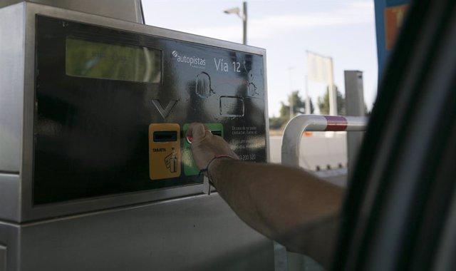Imatges de recurs de l'autopista de peatge Sevilla -Cadis (AP-4), una de les tres concessions que perdrà el grup Abertis a tot Espanya.