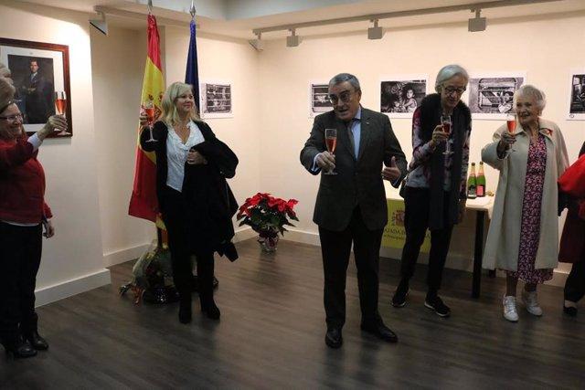 L'ambaixador a Andorra, Àngel Ros, al moment del brindis de celebració de la Constitució del 78