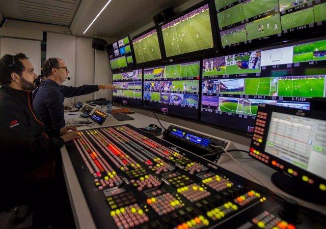 Fútbol.- Óscar Lago, encargado de la producción de LaLiga, será uno de los reali
