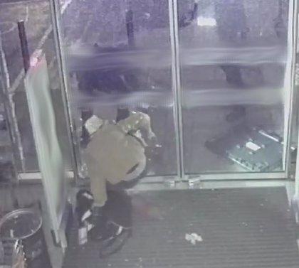 Detienen a un hombre de 28 años mientras estaba robando en un establecimiento del Polígono de Son Malferit
