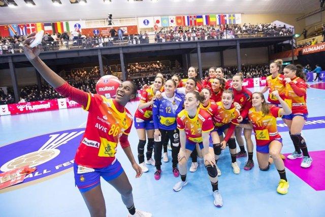 España celebra su victoria en el Mundial de balonmano