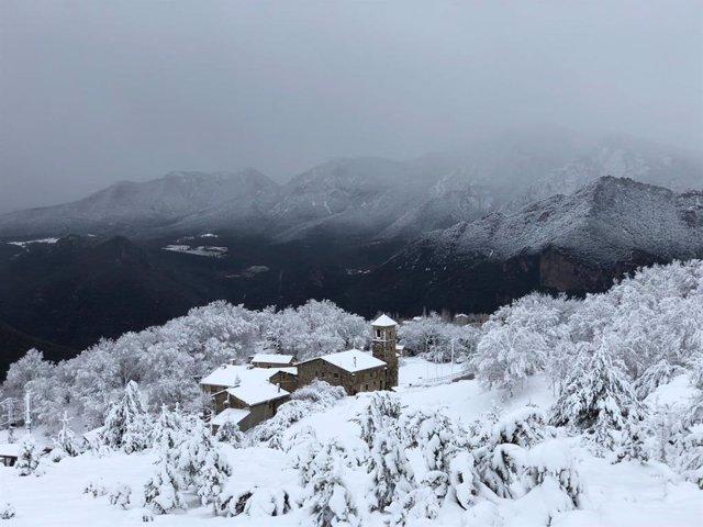 Neu, nevada, Pirineus, Berguedà, Fígols, temporal, hivern, muntanya, poble, fred.