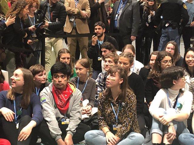 Greta Thunberg s'uneix a la sentada de 'Joventut pel Clima' a Madrid. 6-12-2019.
