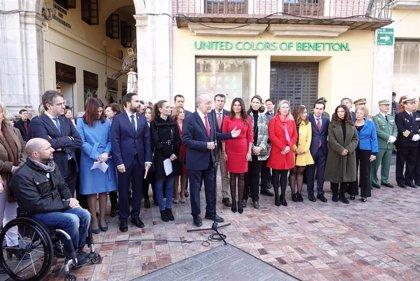 De la Torre considera que para mejorar España no es necesario reformar la Constitución y llama a la autocrítica