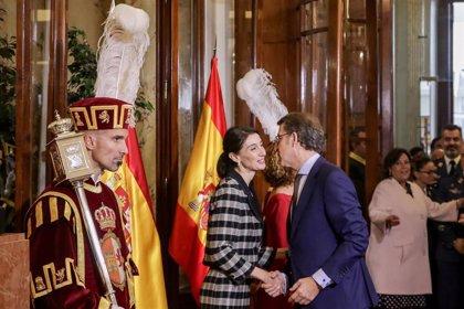 """Feijóo lamenta que Puigdemont y Junqueras sean decisivos para el Gobierno: """"Nos van a aplicar el 155 al revés"""""""