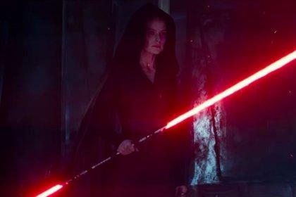 """J.J. Abrams avisa: Habrá nuevos poderes Jedi en Star Wars 9 que """"enfadarán"""" a los fans"""