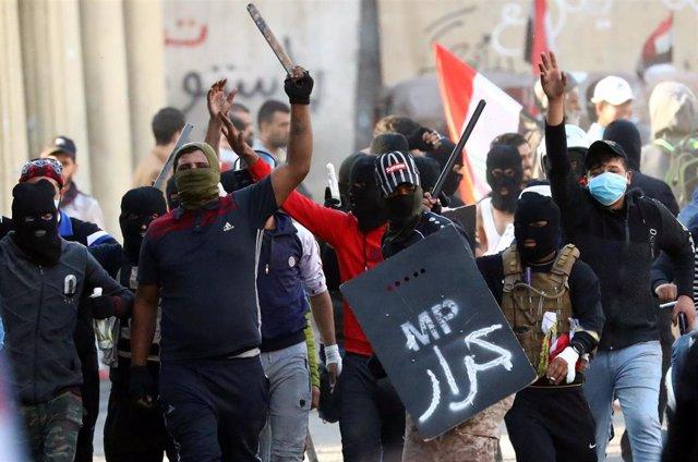Manifestantes iraquíes durantes las últimas manifestaciones antigubernamentales celebradas en Bagdad
