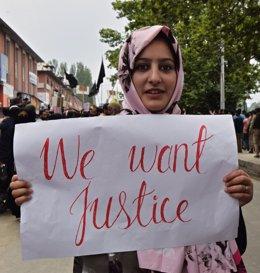 Manifestació contra les violacions a l'Índia