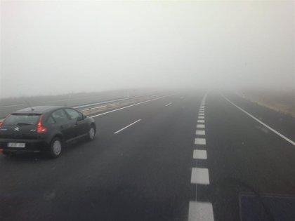 La niebla afecta a la visibilidad en más de 560 kilómetros de seis carreteras de CyL