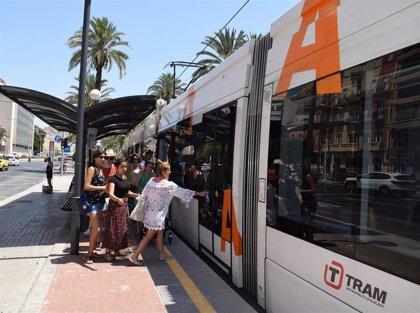 Los usuarios del TRAM d'Alacant valoran con 8,52 puntos el servicio, la nota más alta desde que se hacen encuestas