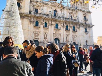 Un centenar de personas participan en el primer encuentro local Google Guide Jaén