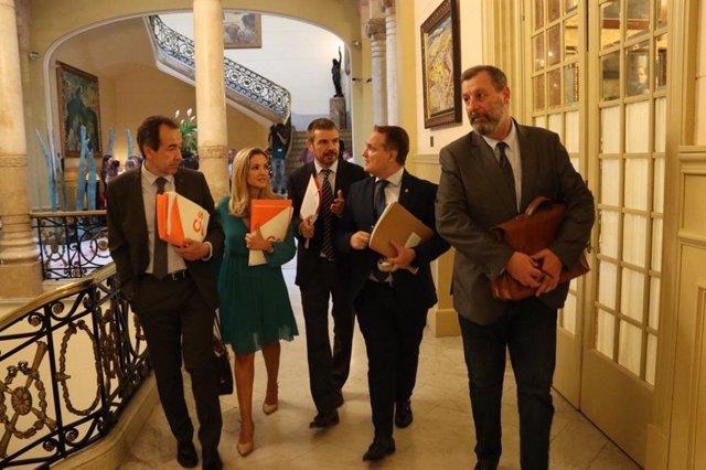 Los diputados del Grupo Parlamentario de Ciudadanos en el Parlament balear