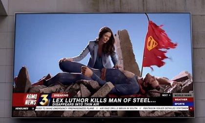 """VÍDEO: Un Superman muere en el nuevo avance de Crisis en Tierras Infinitas: """"No queda tiempo, hemos perdido la batalla"""""""