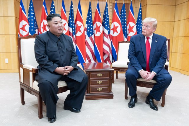June 30, 2019 - DMZ, North Korea: US President Donald J. Trump and Chairman of the Workers' Party of Korea Kim Jong-un speak to reporters, as the two leaders meet in Freedom House at the Korean Demilitarized Zone. (Shealah Craighead/White House/Contacto)