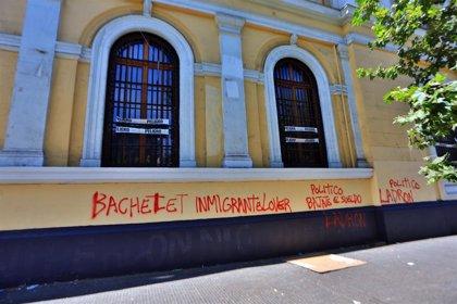 Chile.- Robados 27 libros de la Colección Pablo Neruda durante la toma de una sede universitaria en Chile