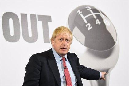 """Johnson promete un """"sistema de inmigración controlada"""" si se alza con el triunfo en las elecciones del jueves"""