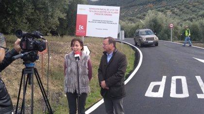 Diputación invierte en la reparación parcial de la CO-7208 en Priego de Córdoba