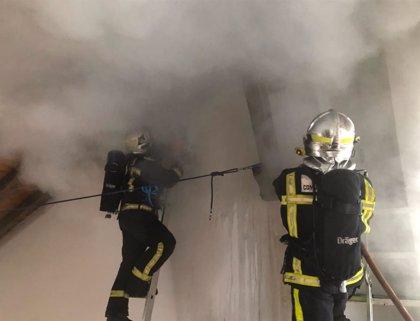 Bomberos controlan un incendio de chimenea en un chalet de Valdemorillo que no deja heridos ni intoxicados