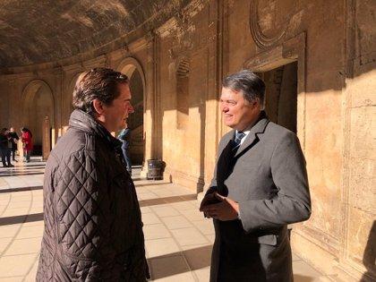 """Rojas e Hispán exigen en Granada a Sánchez que pida perdón por """"el mayor caso de corrupción de la historia de España"""""""