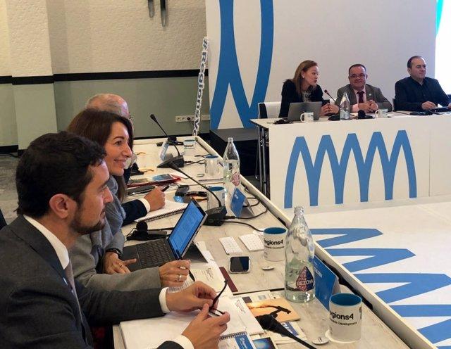 El conseller de Territori i Sostenibilitat, Damià Calvet, en una reunió de la xarxa global Regions4, celebrada en el marc de la Cimera del Clima (COP25) de Madrid.
