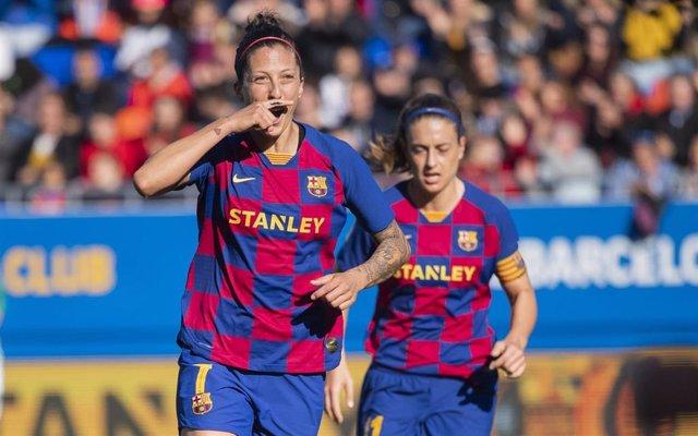 Jenni Hermoso celebra un gol con el Barça.
