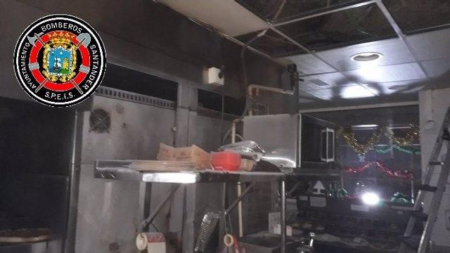 Incendio en la cocina del Telepizza del Alisal